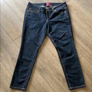 Torrid Jeans size 18 short skinny plus size.